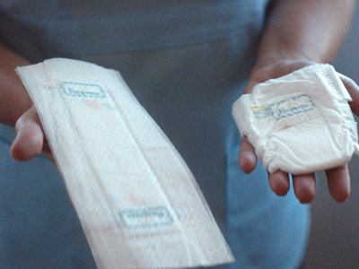 Pampers lanza un pañal diminuto y extra plano para los bebés prematuros en cuidados intensivos