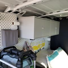 furgoneta-camperizada-muebles-ikea