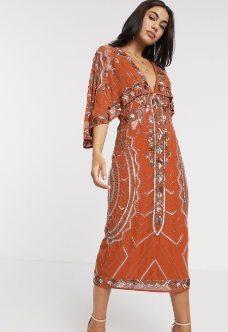 Vestido midi con manga kimono y capa con adornos de ASOS DESIGN