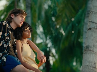 'Everything, Everything', emotivo tráiler de la adaptación del best-seller de Nicola Yoon