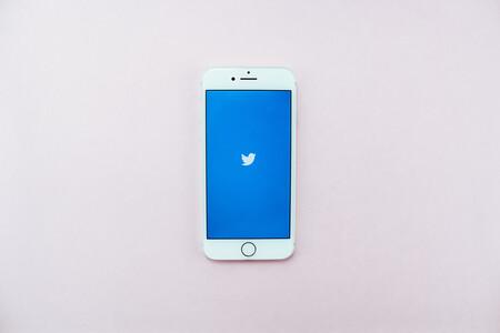 Cómo utilizar el divertido bot de Twitter que te permite añadir música a vídeos o modificarlos por completo