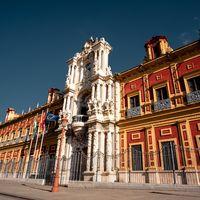 """La """"anomalía andaluza"""": mientras Andalucía contiene la curva de nuevos contagios, los investigadores tratan de encontrar porqués"""