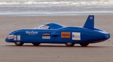 El superbólido eléctrico Bluebird no consigue el récord de velocidad
