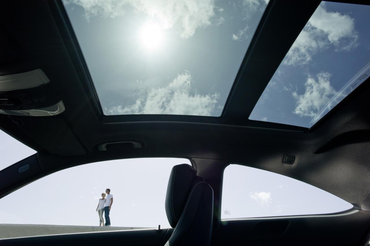 Foto de Mercedes-Benz Clase C Coupé 2011 (41/41)