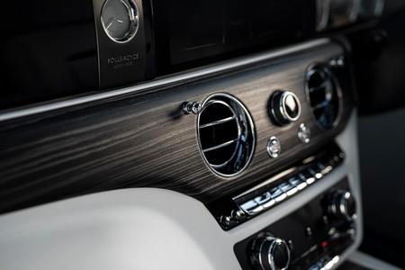Rolls Royce Ghost 2021 3