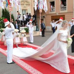 Foto 3 de 19 de la galería todas-las-imagenes-del-vestido-de-novia-de-charlene-wittstock-en-su-boda-con-alberto-de-monaco en Trendencias