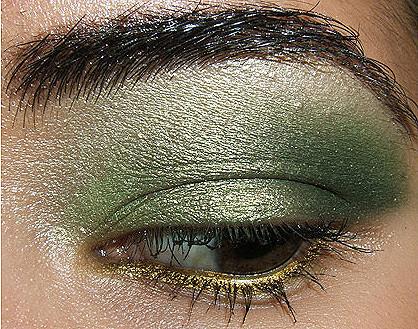 Foto de Look de Fiesta, ojos en verde y oro (1/4)