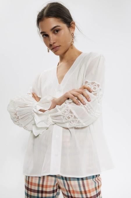 Tops Blusas Blancas Verano 2020 Sfera 03