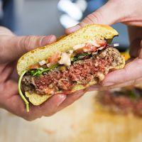 ¿Dieta vegana, dieta sana? Ya no. La industria se está haciendo de oro gracias a los ultraprocesados