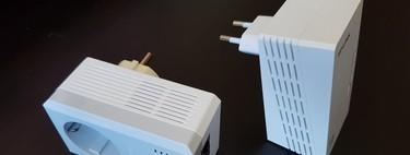 Qué diferencias hay entre usar un PLC y un repetidor WiFi, y cuándo es mejor usar uno que otro