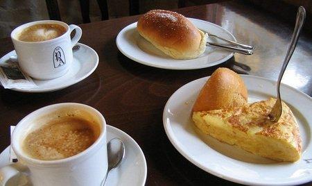 Todo son ventajas al desayunar en casa
