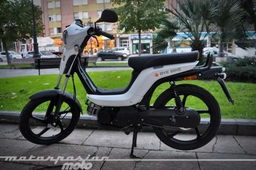 Bye Bike One, vuelve el ciclomotor de toda la vida