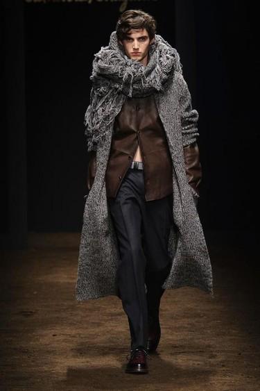 La colección Essentials de Ferragamo para el próximo otoño inspirada en el estilo Folk
