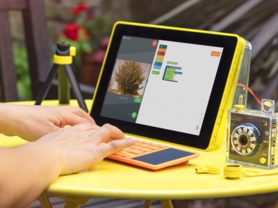Kano, el ordenador basado en la Raspberry Pi, llegará con cámara, altavoces y más