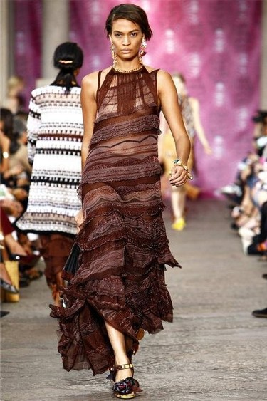 Missoni Primavera-Verano 2012: las faralaes están de moda