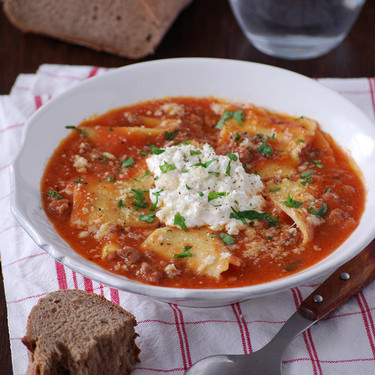 Sopa de lasaña: receta fácil y reconfortante para amantes de la pasta