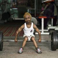 Aditya Romeo, el culturista más pequeño del mundo (Vídeo)