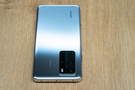 Huawei P40 Pro Trasera 02