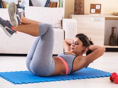 Entrenamiento para hacer en casa si aún no has decidido apuntarte al gimnasio por primera vez: ventajas (I)