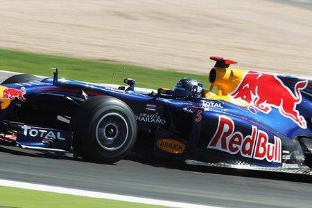 GP de Gran Bretaña 2010: Los dos Red Bull siguen delante mientras que Fernando Alonso es tercero