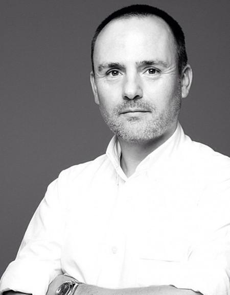 ¡De oca a oca, y tiro porque me toca! Peter Philips, director creativo de maquillaje pasa de Chanel a Dior