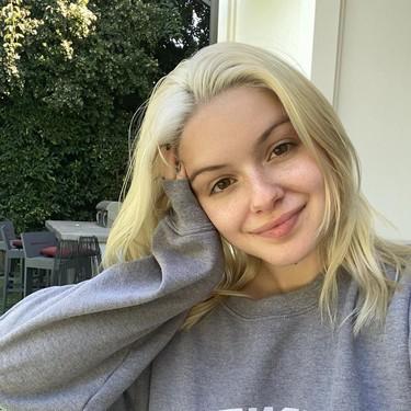 La fiebre del pelo rosa invade a las celebrities: Ariel Winter también se suma a la tendencia