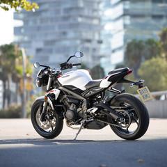 Foto 12 de 41 de la galería triumph-street-triple-s-2020 en Motorpasion Moto
