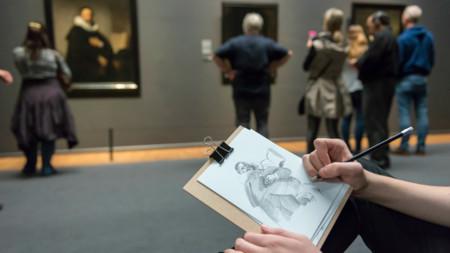 Este museo te hará cambiar cámara por lápiz y papel para valorar el esfuerzo de los artistas