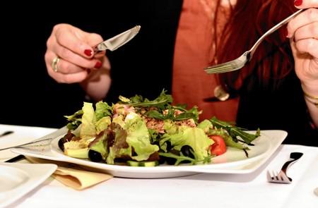 Dieta de los días alternos para perder peso: ventajas y desventajas de este modo de alimentación
