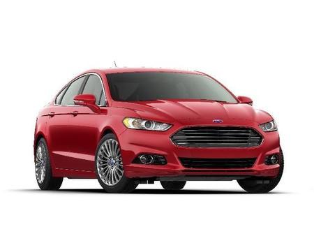 Ford utilizará jitomates en la fabricación de sus autos