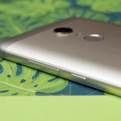 Foto 7 de 7 de la galería xiaomi-redmi-5-plus-note-5-diseno en Xataka Android