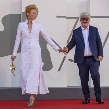 """Tilda Swinton y Georgina Rodríguez protagonistas de la premiere de """"La Voz Humana"""", lo último de Almodóvar, en el Festival de Venecia 2020"""