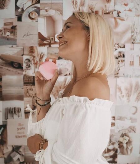 El cepillo de limpieza facial que personaliza tu rutina de belleza es de Foreo, se llama Fofo y está rebajadísimo en Amazon