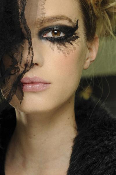 Chanel ojos