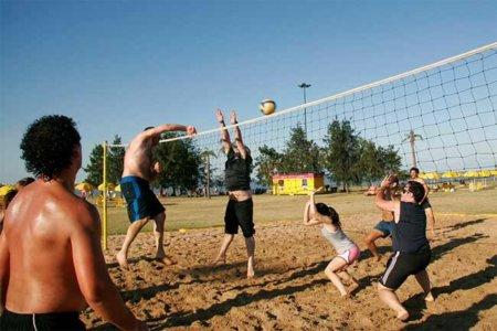 Algunos ejemplos de deportes que podemos practicar en la playa