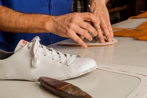 Rebajas en Camper, con descuentos de hasta el 40% en sandalias, zapatillas y zapatos para hombre y mujer