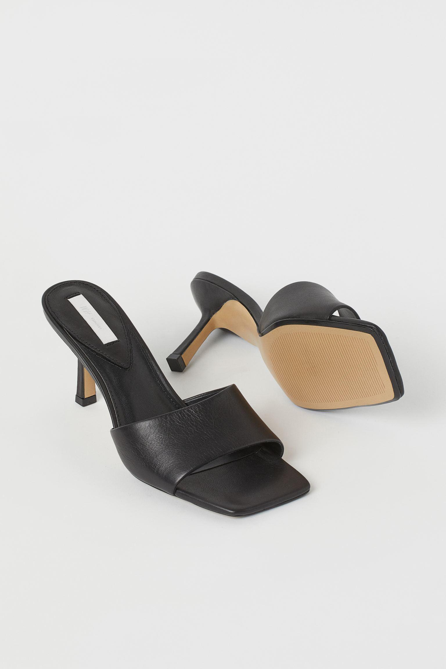 Sandalias mule de piel