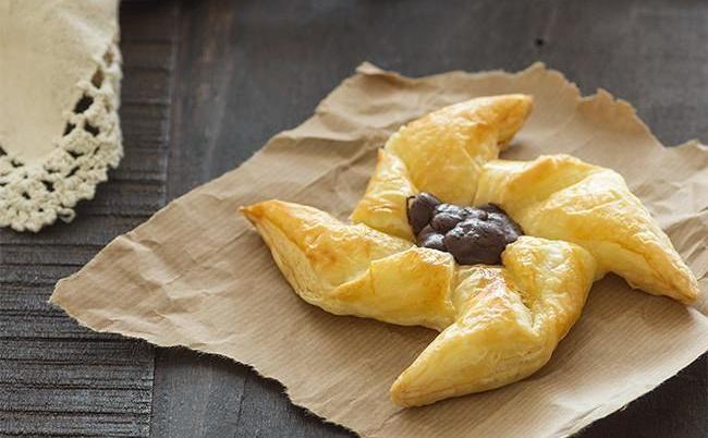 Remolinos de hojaldre con chocolate: receta fácil