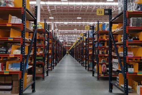 """100,000 metros cuadrados de """"caos ordenado"""" en Mercado Libre: así es recorrer su centro de distribución más grande en México"""