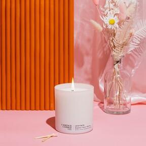 Velas aromáticas para perfumar el ambiente que son también un objeto decorativo ideal