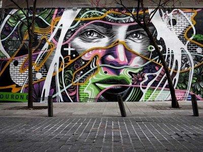 El poder y la seducción femenina a través de los grafitis urbanos