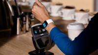 Apple Pay hace morder el polvo a sus competidores
