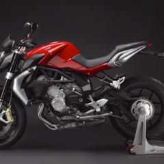 Foto 14 de 27 de la galería mv-agusta-brutale-675-desvelada-en-el-eicma-2012 en Motorpasion Moto