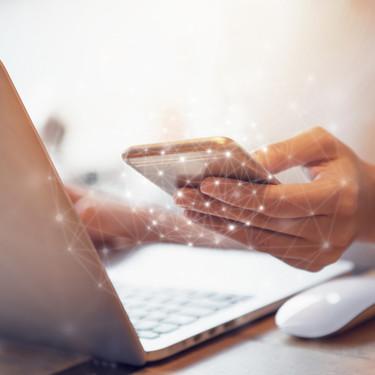 Los adolescentes que pasan más de tres horas diarias en las redes sociales son más propensos a la ansiedad y la depresión