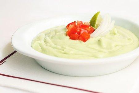 Receta de crema de aguacate con yogur griego
