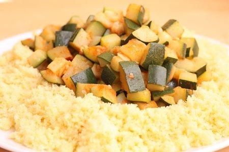Receta de ensalada de sémola con calabacín