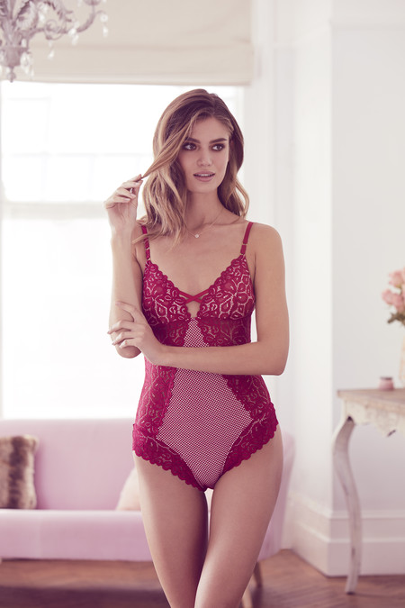 Love Range Lace Body E14 16 In Store Mid January