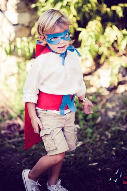 disfraz-casero-superheroe-niño