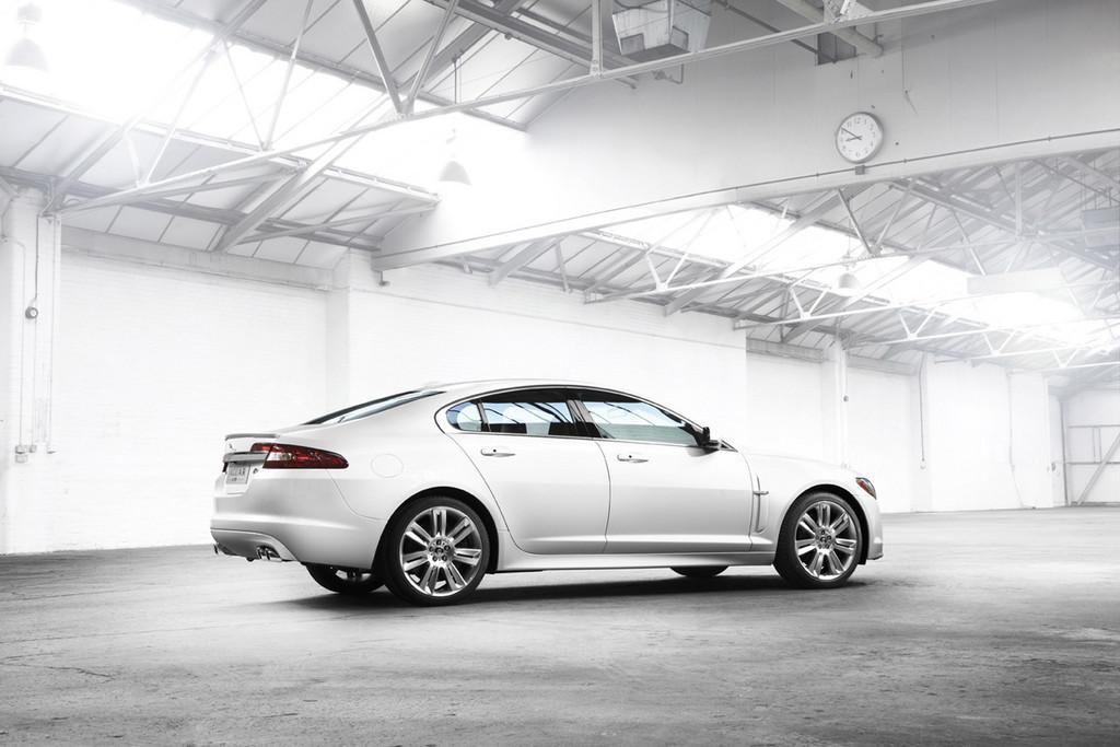 Foto de Jaguar XFR (3/34)