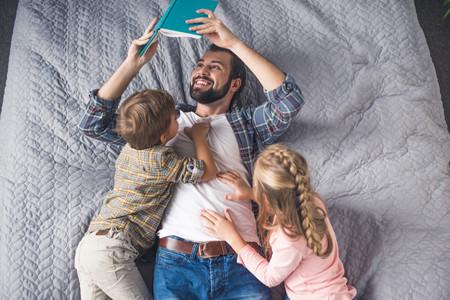 15 libros sobre la paternidad en clave de humor escritos por papás